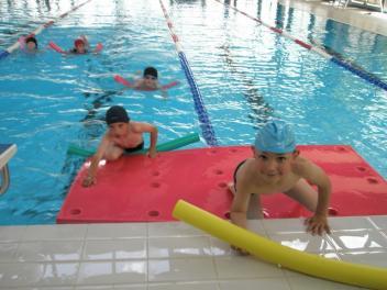 La piscine a quimperle parcours 3 cole coat pin de for Piscine quimperle